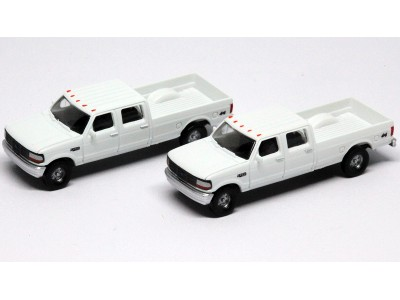 N36-L657.01 - N Scale 1992 River Point Station Ford F-250 4X4 Crew Cab Pickup - White (Pair)