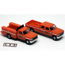 N38-3JL9.G9 - N Scale 1992 River Point Station Ford F-250 4X4 Crew Cab Pickup & F-350 Regular Cab Service Truck - DPW (Orange)