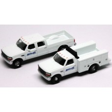 N38-3JL9.G3 - N Scale 1992 River Point Station Ford F-250 4X4 Crew Cab Pickup & F-350 Regular Cab Service Truck - Santa Fe (White)