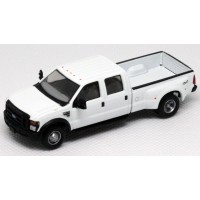 536-5555.01 - River Point Station Ford F-350 XLT Super Duty 4X4 Crew Cab Dually - White