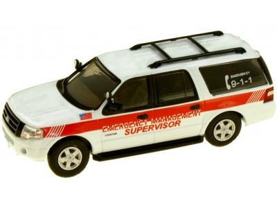 538-7607.M1 - River Point Station 2007 Ford Expedition EL SSP - White/Red Stripe; Emergency Management Supervisor